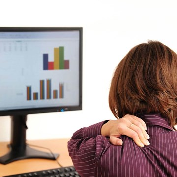 How Your Computer's Display Settings May Influence Your Back and Neck