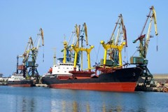 Top 5 Safety Hazards on Seaports and Docks