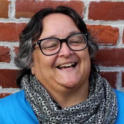 Profile Picture of Corinna Cornejo