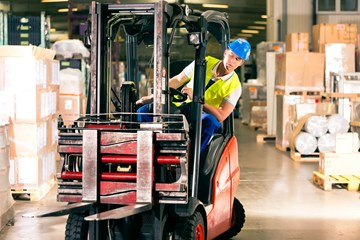 How to Design Safe Loading Docks and Warehouses for Lift Truck Drivers