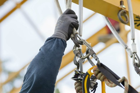 Training is an important element of fall protection, but are you doing it right? Find out how to deliver effective fall safety training.