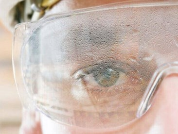 What should I look for when selecting anti-fogging safety glasses?