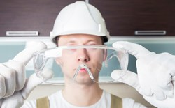 What is the difference between safety glasses and goggles?