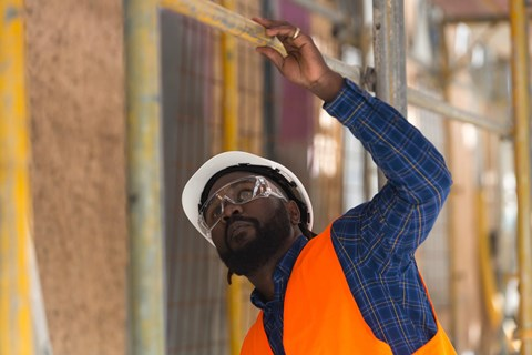 Your workers need eye protection - but what kind? Find out whether glasses or goggles are the right choice for your workplace.
