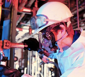 Top 5 Ways Industrial Workers Can Avoid Asbestos Exposure