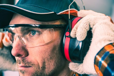 Earplugs or earmuffs - how do you choose? Find out how each protect hearing and how to pick the right one.