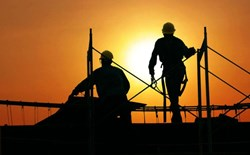 What should I provide for outdoor workers who are at risk of heat stress?