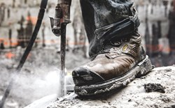 How long should my work boots last?