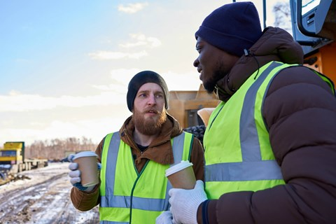 Winter doesn't always mean deep freeze and heavy snow. Find out how to equip workers with work wear that's appropriate for milder winters.
