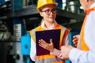 What to Look for When Performing a Loading Dock Safety Inspection