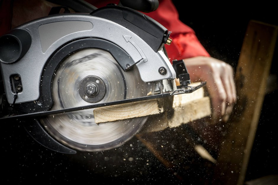 Circular saw in action