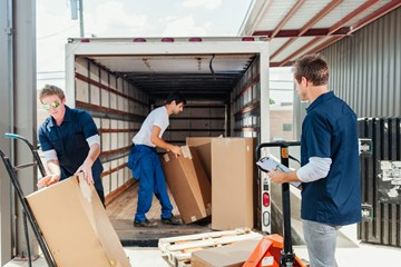 Why Housekeeping Is an Important Part of Loading Dock Safety