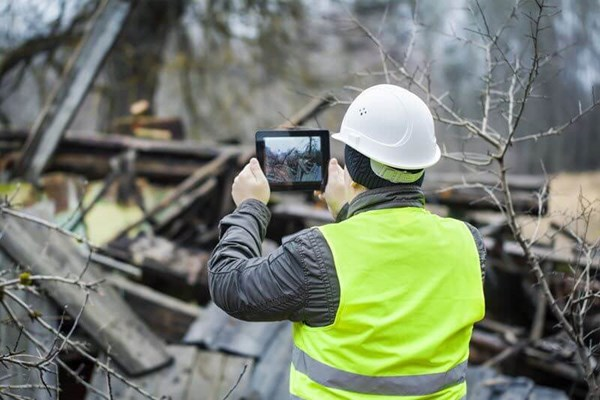 Image for Webinar:  Keeping a Pulse on Field Safety Trends