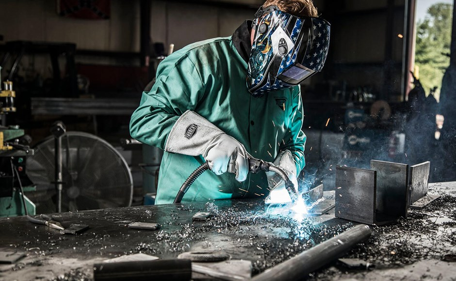 Everything You Need to Know About Welding Gloves