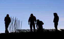 Transient Workers vs Temporary Workers: Know Your Training Obligations