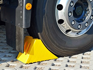Number of wheel chocks required