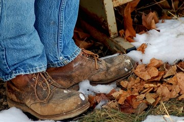 Winter Footwear:  Making The Transition To Keep Your Feet Warm