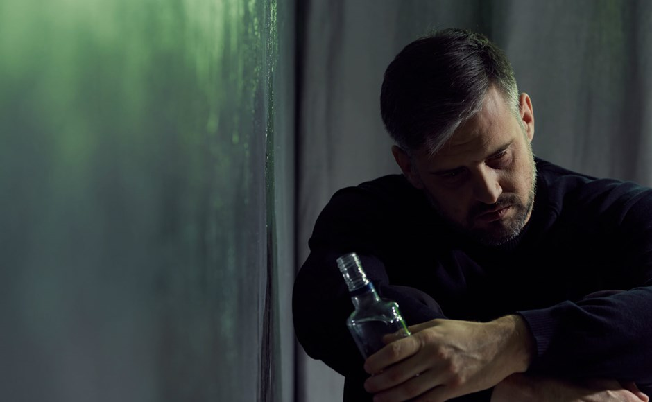 How to deal with workplace drug and alcohol abuse